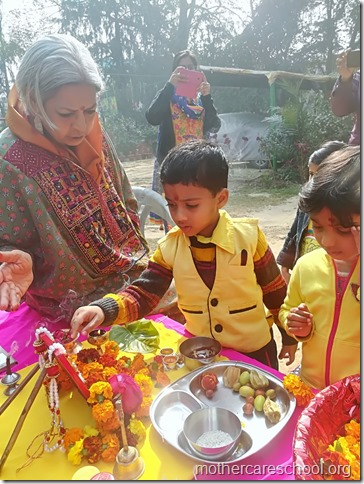 Basant Panchmi celebrations at Mothercare School Lucknow (12)